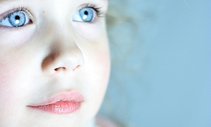 sarah-blue-eyes