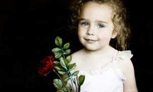 sarah-with-rose