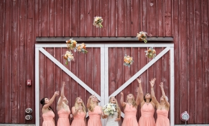 Bridal-party-throwing-bouquets
